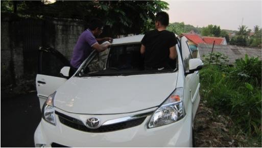 Toko Kaca Mobil